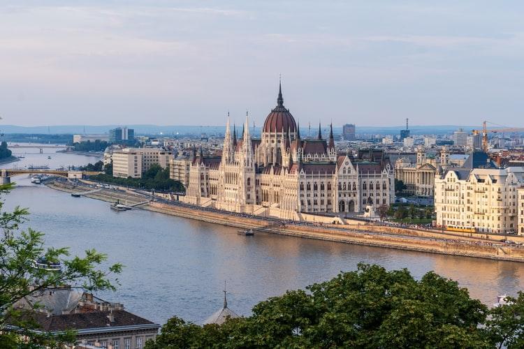 Унгария - Будапеща и Печ - обиколна екскурзия