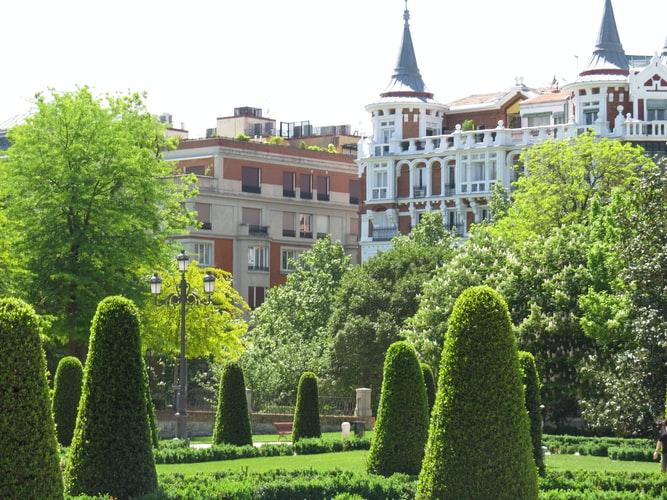 Уикенд в Мадрид с обзорна екскурзия на града на български език