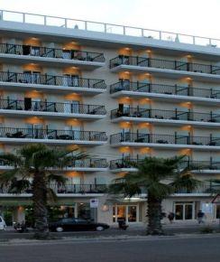 Bayview Hotel & Suites